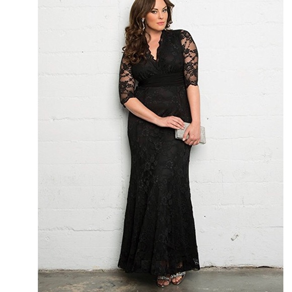 4ce134cbfb792 KIYONNA 3X Screen Siren V-Neck Lace Gown Black NWT.  M 5abf24002ab8c506f67576f4